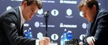 Норвежский спортсмен Магнус Карлсен в десятой партии взял реванш над Сергеем Карякиным