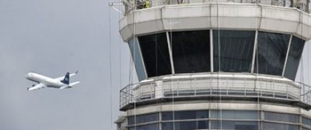 Самолет, летевший из Москвы в Сирию, перестал отвечать на вызовы диспетчера