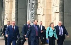 Свободное передвижение американских дипломатов в России под угрозой
