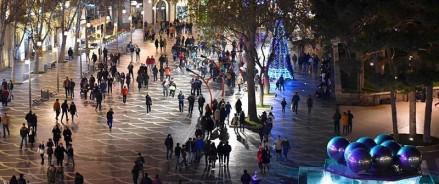 Азербайджанские каникулы: почему россияне отмечают Новый год в Баку