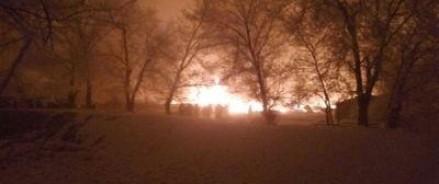 Под обломками упавшего Боинга находится 15 жилых домов, известно о 32 погибших