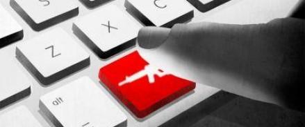 Порошенко уверен, что потенциал украинских кибервойск огромен, и способен отразить атаки России