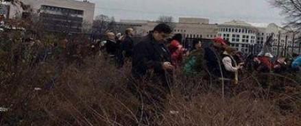 Саакашвили посоветовал журналистам не вылавливать его по туалетам и кустам в США