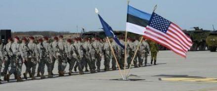 Военные подразделения стран Прибалтики совместно с армейскими частями США начали учения около российской границы