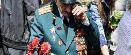 Новое поколение украинцев должно забыть, что 9 мая – это Праздник Победы
