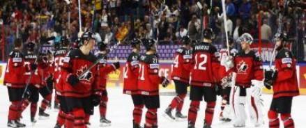Встреча сборных команд по хоккею Канады и России закончилась в пользу канадцев