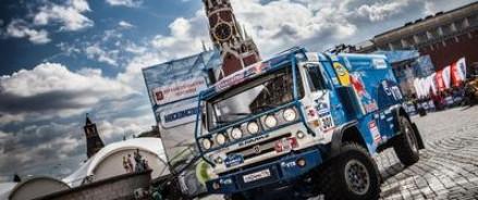 Москва в седьмой раз торжественно приветствовала участников старта ралли «Шелковый путь»