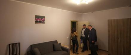 В мэрии Москвы говорят, что пора знакомится с новым жильем и переселяться