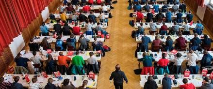 Сергей Миронов считает, что выступления российских школьников на международных олимпиадах доказывают негативное влияние реформ российского образования