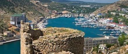 В Крыму возмущены «жесткой резолюцией,» которая обвиняет РФ в несуществующих проблемах