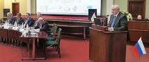Сергей Миронов предложил законодательно сократить число машин со спецсигналами