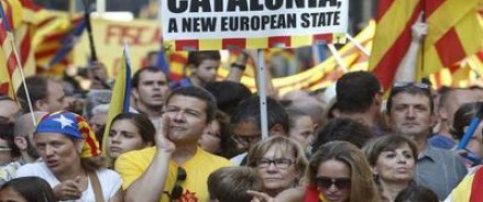 Не отстать от остальных. Испанский министр увидел влияние России в Каталонии