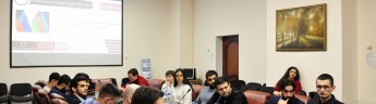 Обсуждение вопросов российско-азербайджанских отношений набирает обороты