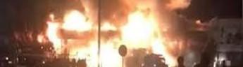 В МЧС считают, что поджег стал причиной двух одновременных пожаров в ноябрьских ТЦ