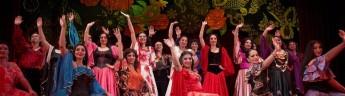 Самый известный цыганский театр «Ромэн» выступит 17 августа в «Аптекарском огороде»