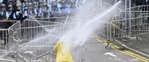 Акции протеста в Гонконге: полицейские стреляют резиновыми пулями по протестующим