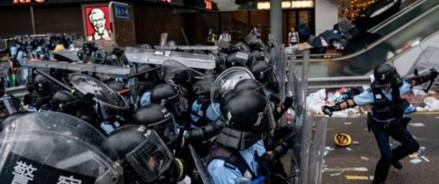 Гонконгский протест: Джошуа Вонг призывает лидера Кэрри Лэм уйти в отставку