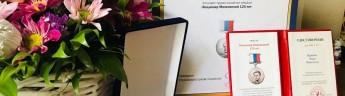 Азербайджанская писательница гордится своим русским языком