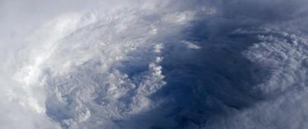 Китай в состоянии повышенной готовности, из-за надвигающегося тайфуна Лекима