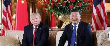 Протесты в Гонконге: Трамп предлагает личную встречу президенту Китая