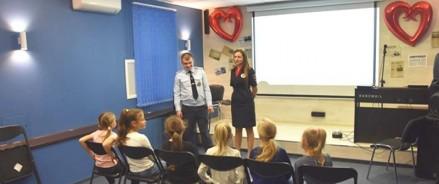 Сотрудники Госавтоинспекции г. Москвы обучают детей правилам безопасности