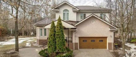 Частные домовладения на территории Москвы дорожать не торопятся