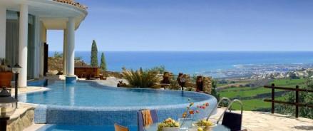 Недвижимость на Кипре: почему летом упали продажи и когда вернется спрос?