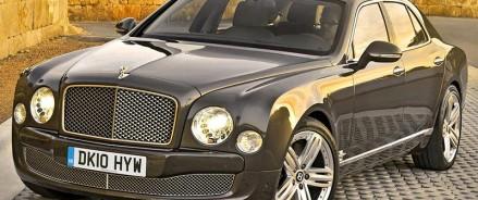 «Бедные» кроссоверы, «богатые» седаны 52,1% российских онлайн-продаж пришлось на автомобили трех классов