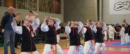 Каратисты Центра культуры «Хорошевский» завоевали 14 медалей на международном турнире «Путь Тигра»