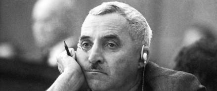 Константин Симонов о «тех последних тридцати метрах, где жизнь со смертью наравне!»