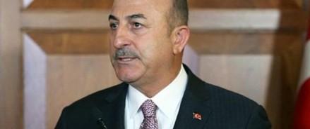 Макрон является спонсором терроризма, заявил министр иностранных дел Турции