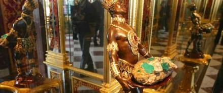 Ограбление века: похищенные сокровища из музея «Зеленые Своды» — бесценны