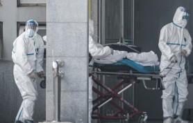 Китай сообщает о третьей смерти от вируса атипичной пневмонии, около 140 новых случаев