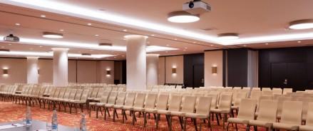 Всё о маммопластике: в Москве состоится пятая юбилейная конференция Moscow Breast Meeting с участием звездных зарубежных хирургов