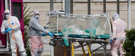 Италия: число умерших от коронавируса сильно выросло за последний день