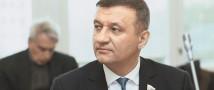 Отменить в этом году ЕГЭ предлагает депутат ГД Дмитрий Савельев