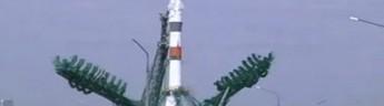 Ракета с пилотируемым кораблем стартовала с Байконура