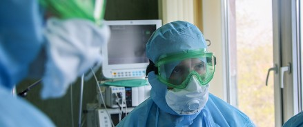 Медики Татарстана, привлеченные на борьбу с COVID-19, получили положенные им выплаты в срок