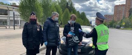Сотрудники Госавтоинспекции призывают граждан соблюдать требования безопасности на дорог