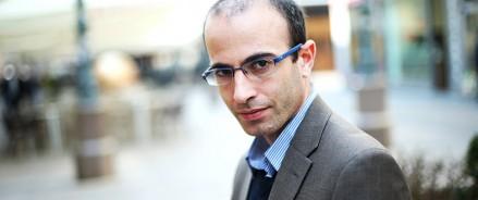Юваль Ной Харари:  лидерам стран предстоит сделать выбор и выбрать тактику сотрудничества между собой