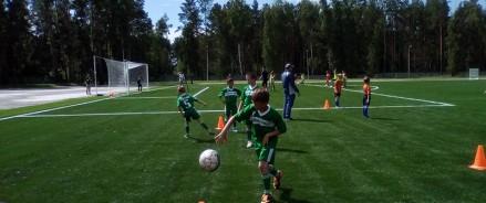 Поле футбольной спортшколы в Чебоксарах реконструируют за 32 миллиона рублей