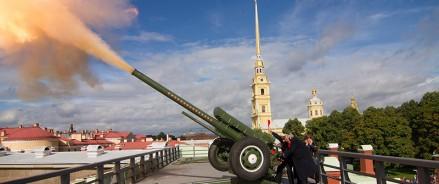 Полуденный выстрел из пушки в Петербурге прозвучит в честь 100-летия ТАССР