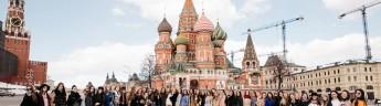 «Я шагаю по району»: как попасть на бесплатную экскурсию по Москве и выиграть лимитированную карту Тройка
