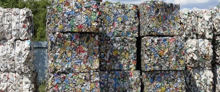 Жители Казани сдали на переработку более 2,7 тонны вторсырья