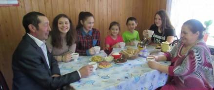 Президент РФ наградил семью из Татарстана орденом «Родительская слава»