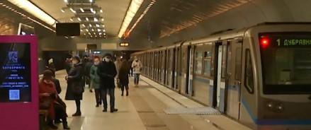 В казанском метро появился новый поезд «Москва»: без межвагонных дверей и с «умным» освещением