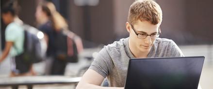 ВШЭ перевела 34 тысячи московских студентов в онлайн