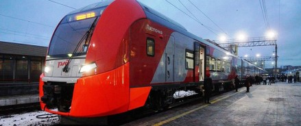 Скорый электропоезд «Ласточка» совершил первый рейс по маршруту Санкт- Петербург – Тихвин