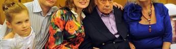 Семья Николая Караченцова передала в казанский музей соцбыта личные вещи актера