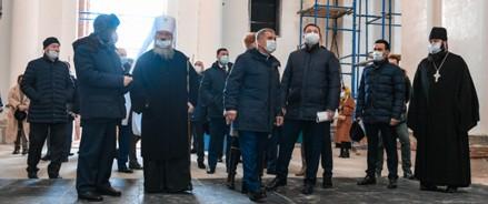 Рустам Минниханов ознакомился с ходом работ по воссозданию собора Казанской иконы Божией Матери